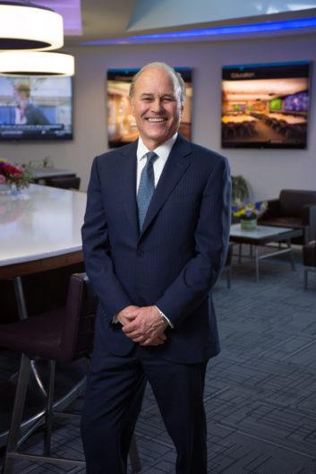 Randy Klein, CEO de Crestron, anuncia su jubilación